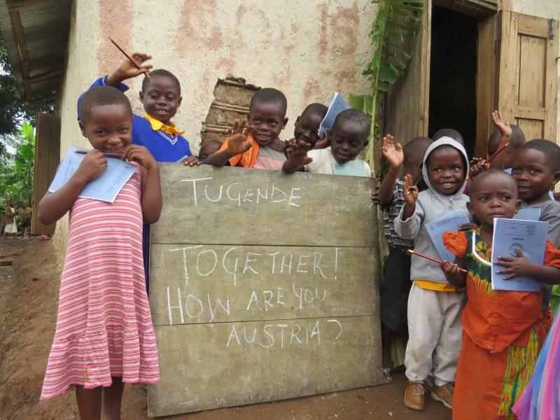 Tugende Together - Kinder in Uganda (4 MB)
